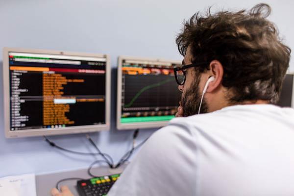 Bloomberg - ESG Finance