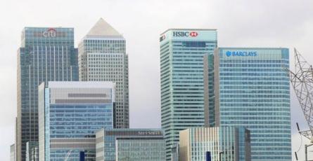 Quel est le programme académique du Mastère Banque et Relation Entreprises à l'ESGF ?
