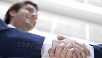 Être conseiller financier : compétences, missions et évolution